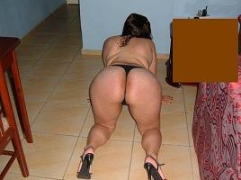 Esposa gorda gostosa exibindo-se