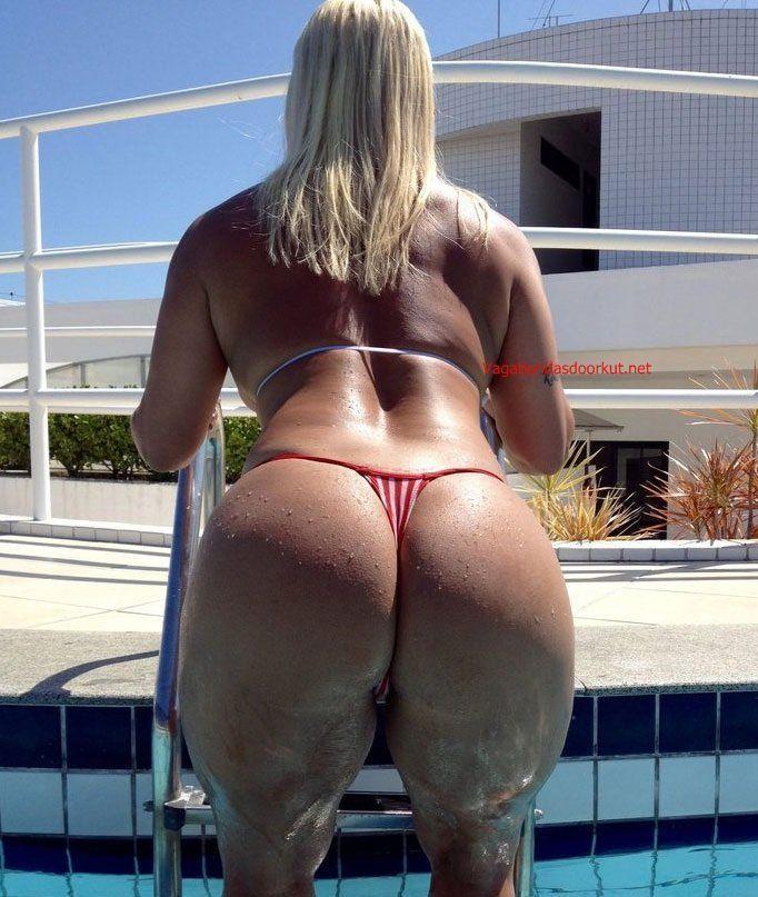 Corno libera a esposa com marquinha de bikini - 3 part 6