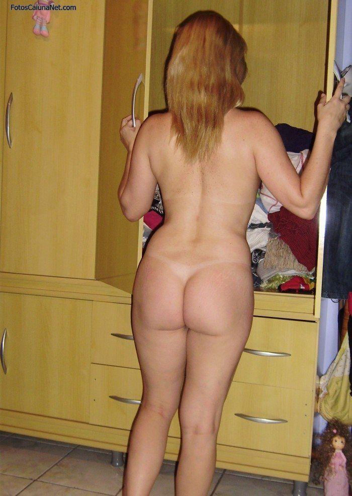fotos-caseiras-da-esposa-loira-pelada-5
