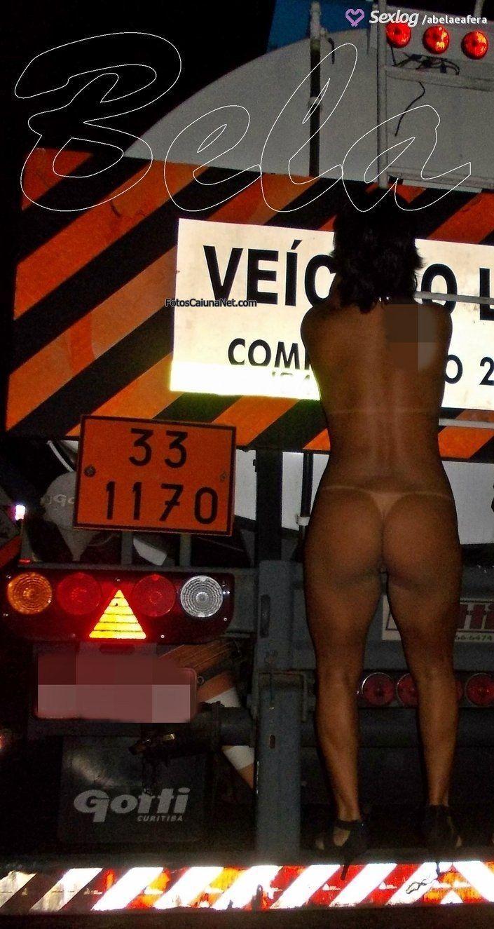 Corno libera a esposa com marquinha de bikini - 3 part 1