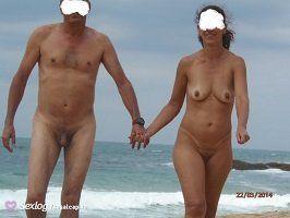 Mulher de corno manso pelada bronzeada