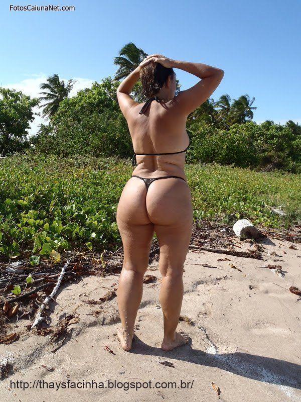 image Branquinha delicia de com rabo pra cima na praia
