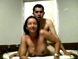 Sexo amador com a namorada no motel