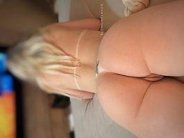 Fotos de uma loira gostosa top peladinha