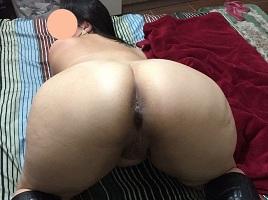 Rabuda em fotos amadoras de sexo com o amante