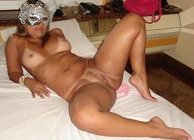 Minha loira gostosa com o amante no motel