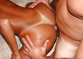Mulata de corno manso em fotos de sexo amador