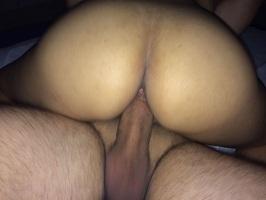 Corno tirando fotos de sexo da esposa puta
