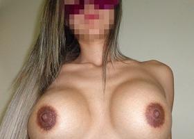 Esposa loira tesuda magrinhas dos peitos deliciosos