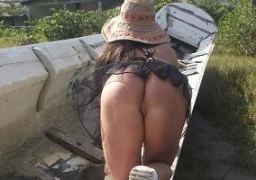 Ana Stripper em fotos peladas em publico