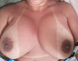 Peituda casada em fotos intimas de sexo amador